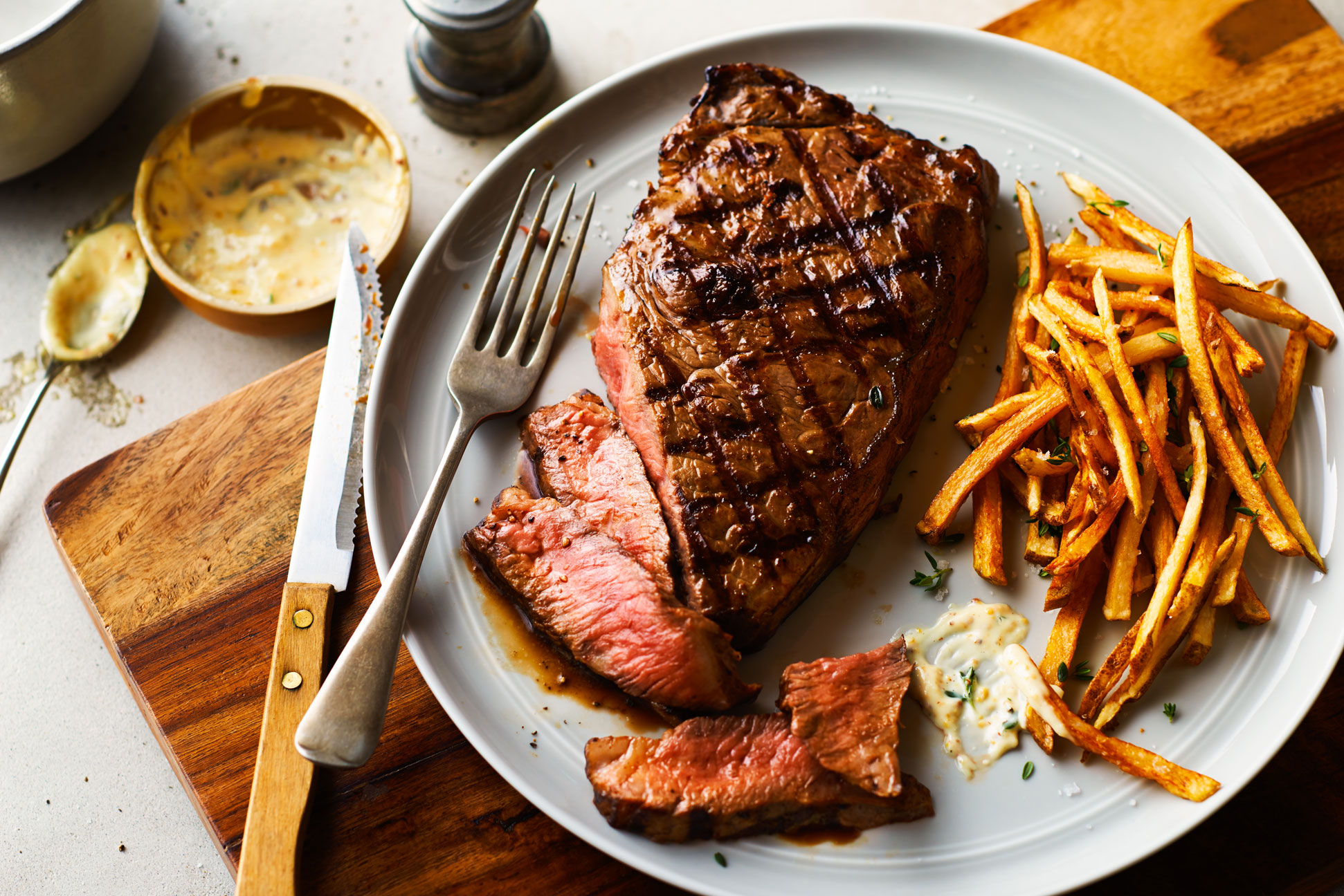 rare steak, frites, toronto food photographers,